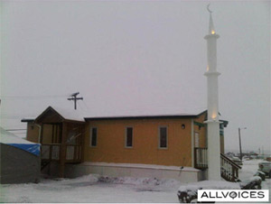 inuvik muslim Midnight sun mosque in inuvik, nt - salatomatic - your guide to mosques & islamic schools the most comprehensive guide to mosques and islamic schools.